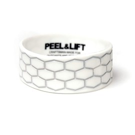 PEEL&LIFT - tire tread wristband / white