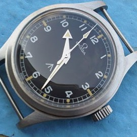 OMEGA - Military Broad Arrow