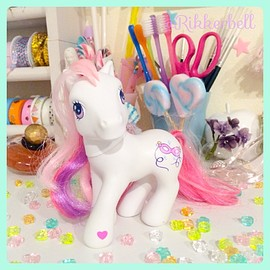 My Little Pony G3 Jewel Periwinkle Beautiful!
