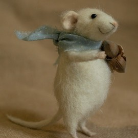 ...Christmas time is here with a precious mouse in tow