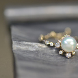 kataoka - Pearl & Diamond Slide Ring