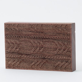 CEMENT PRODUCE DESIGN, Card Chest - knit wear / walnut