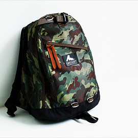GREGORY - DEEP FOREST CAMO  DAY PACK