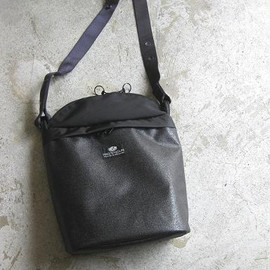 BAG'n'NOUN - SHELL PACK SHOULDER BLACK
