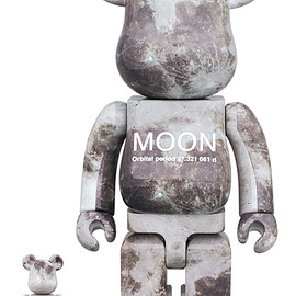 MEDICOM TOY - MOON BE@RBRICK 100% & 400%