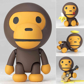 A BATHING APE - Baby Milo Figure