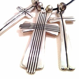 Cippy Crazy Horse - triple cross necklace