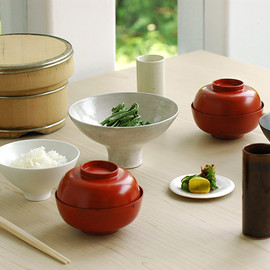Higashiyama - Lacquer and Ceramic dishes