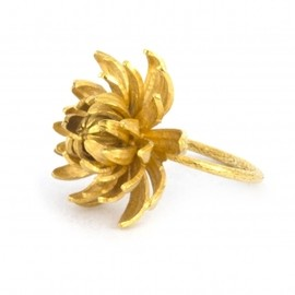 Alex Monroe - Large Chrysanthemum Flower Ring