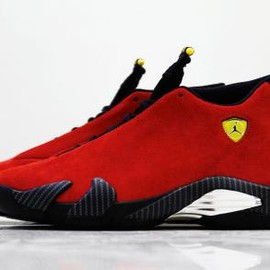 Nike - NIKE AIR JORDAN 14 CHILLING RED/BLACK VIBRANT YELLOW