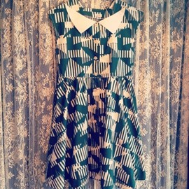 VINTAGE Boutique888 - 80's dress