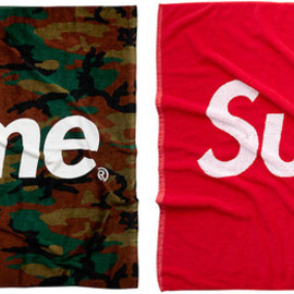 Supreme - beach towel