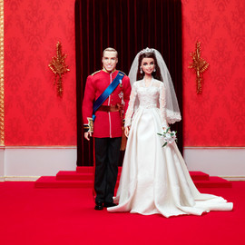 Mattel - Prince William and Kate Middleton Royal Wedding Barbie Dolls