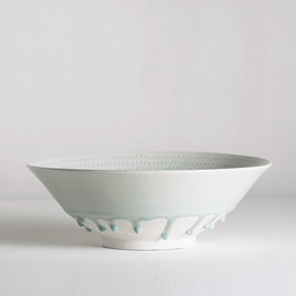 matthias kaiser - large bowl with incised decoration and celadon glaze