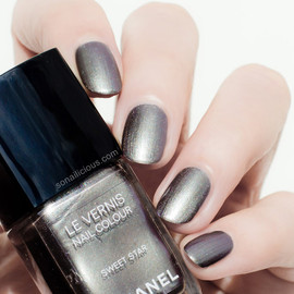 CHANEL - LE VERNIS SWEET STAR