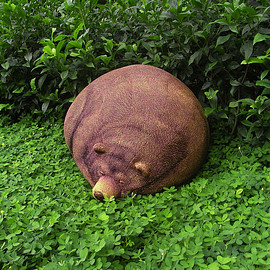 CHIC SIN DESIGN - Big Sleeping Grizzly Bear Beanbag - Free shipping world-wide