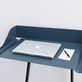 mox - Lean on the wall desk Storch