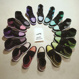 Nike - Air Jordan 1 Rainbow Collection