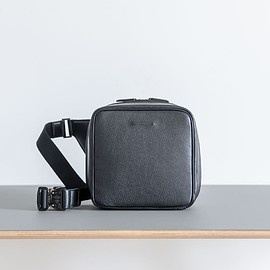 objcts.io - Weekend Camera Bag