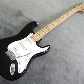 Fender Japan - ST71/AYS BLK