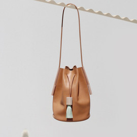 Dice Favorite Bucket Bag