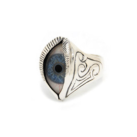 THE GREAT FROG - Engraved Blue Eyeball Ring