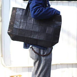 yes - SQUARE TOTE BAG スクエアトートバッグ