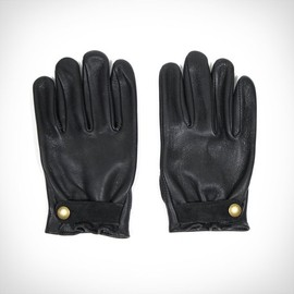 ACE HOTEL X CHURCHILL MOTORCYCLE GLOVES - close-up photo of the Ace Hotel x Churchill Motorcycle Gloves