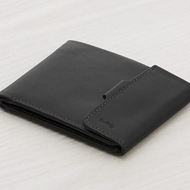 Bellroy Hide & Seek Black