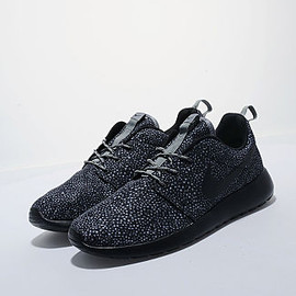 Nike - Roshe Run - Black/Speckle