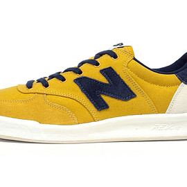 "new balance - CRT300 ""OFF COURT"" ""LIMITED EDITION"""
