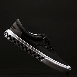 VANS - LEADER BIKES × VANS ERA NIGHT RIDE PACK