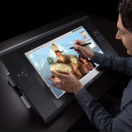 Cintiq 24HD Touch by Wacom