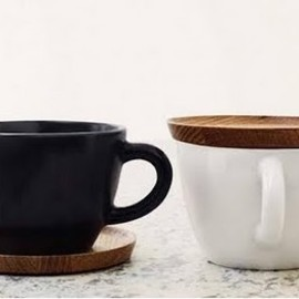 Höganäs Keramik - Tea cup with wooden saucer 50cl