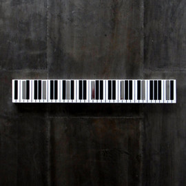 "Hanger  "" Piano ""  from GERMANY"