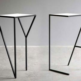 FAKTURA - NY LA side table