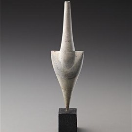 HANS COPER - White 'Cycladic' arrow form, 1975