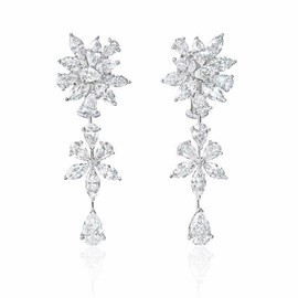 Firenze Jewels - Diamond 18k White Gold Dangle Earrings - ダイヤモンドのイヤリング