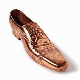 Tom Dixon - Cast Shoe Copper