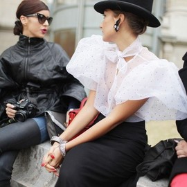 street - Paris Fashion Week street style [Photo by Kuba Dabrowski]