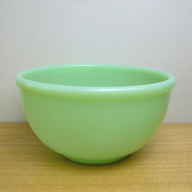 Fire King - Jadeite Beaded Edge Bowl S