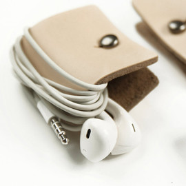 millionbag - Leather Earphone Headphone Organizer with Snap Handmade-Natural Color