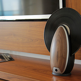 Roy Harpaz - toc - a vertical record player