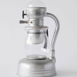 Coffee maker  Naked Shapes : aluminium & design au Japon