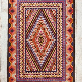 URBAN OUTFITTERS - Magical Thinking Diamond Medallion Rug