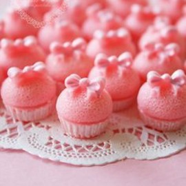 pink cup-cake