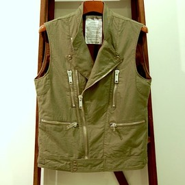 UNUSED - organic cotton back twill sleeveless riders jacket