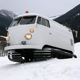 Volkswagen - Snow bus