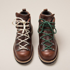Tanner Goods, DANNER - MOUNTAIN TRAIL