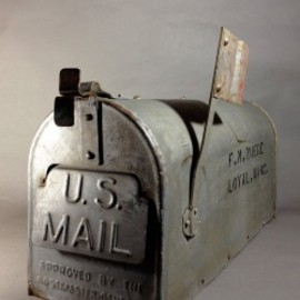"アメリカン田舎アンティーク - Early 1920's ""Galvanized Steel "" RURAL U.S. MAILBOX"